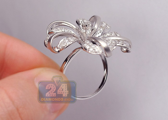 womens diamond large flower cocktail ring 14k white gold