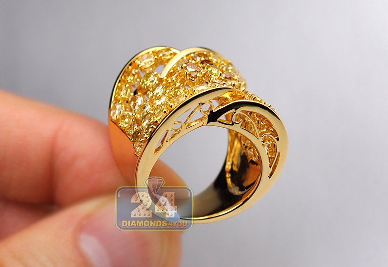 Fancy Multicolored Diamond Wide Vintage Ring 18k Yellow Gold