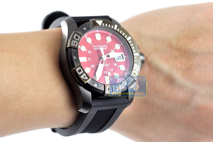 swiss divemaster automatic watch army dive my two master com victorinox watches men s mecha amazon