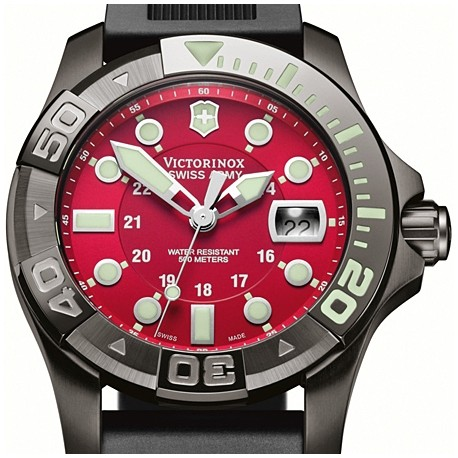 Swiss Army Dive Master 500 Black Rubber Mens Watch 241427