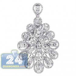 18K White Gold 3.56 ct Diamond Womens Flower Pendant