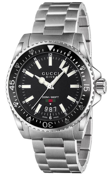 f0130bcc3e0 Gucci Dive Black Dial Steel Bracelet Mens Watch YA136301