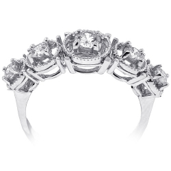 18K White Gold 0.65 ct Diamond Womens 5 Stone Halo Ring