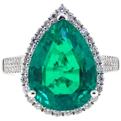 18K White Gold 8.71 ct Pear Emerald Diamond Womens Halo Cocktail Ring