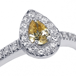 18K White Gold 0.50 ct Pear Fancy Diamond Womens Ring