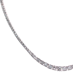 18K White Gold 9.35 ct Round Diamond Graduated Tennis Necklace