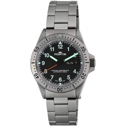 Fortis Cosmonaut Series Mens Steel Bracelet Watch 610.10.11M