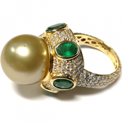 18K Yellow Gold 4.80 ct Diamond Emerald 14 mm Pearl Ring
