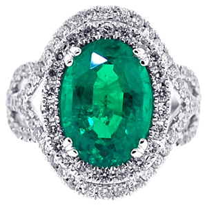 Green Emerald Diamond Womens Ring